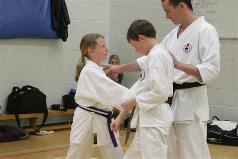 video tutorial karate karate training pics may 2013 21 dartmouth karate club