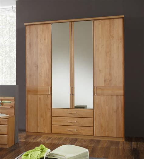 schlafzimmerschrank aus holz kleiderschrank massivholz erle lutry7 designerm 246 bel