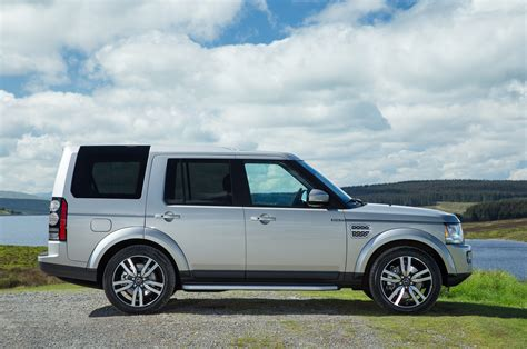 range rover icon land rover reinvents an icon the big picture