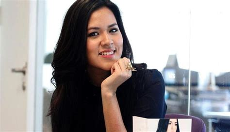 biography of raisa andriana raisa indriana pictures news information from the web