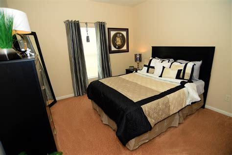 4 bedroom apartments bloomington in gallery brookridge heights apartments apartments in
