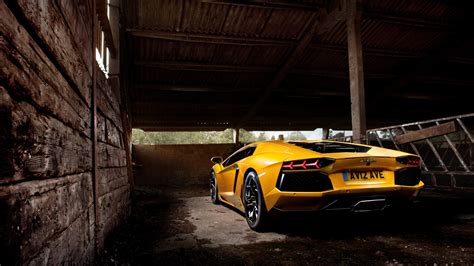 yellow lamborghini black and yellow lamborghini wallpaper 4 background