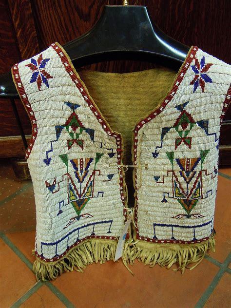 western vest craft crayola com plain indian beadwork northern plains man s fully beaded