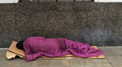 young life couch surf hundreds of young people sleeping rough survey radio