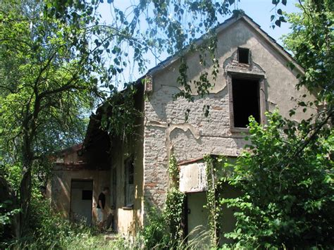 panoramio photo of abandoned house for sale poln 237