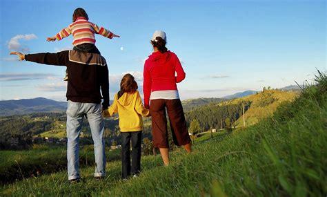 Imagenes Vacaciones Con La Familia | 10 ideas para unas vacaciones en familia plantastic