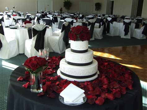 black and white table red black and white wedding table decorations party