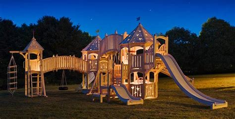 Big Backyard Play Equipment by 20 Of The Coolest Backyard Designs With Playgrounds