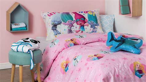 ropa para camas ropa de cama para ni 241 os c 243 moda y suave westwing