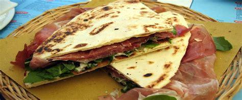 la pi amata italian b01myepnw1 dallo street food al web 232 la piadina romagnola la pi 249 amata dagli italiani secolo d italia
