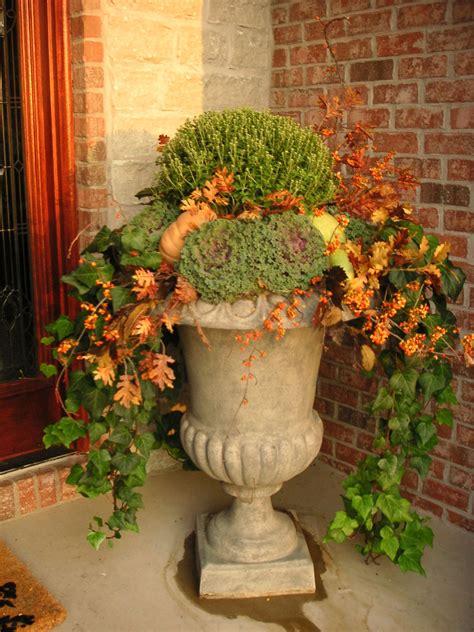 idea  autumn garden urn mums fall leaves flowering