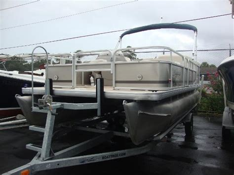 boats for sale in new smyrna beach florida used power boats pontoon boats for sale in new smyrna