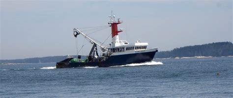 lobster boat brokers midcoast yacht ship brokerage downeast yachts