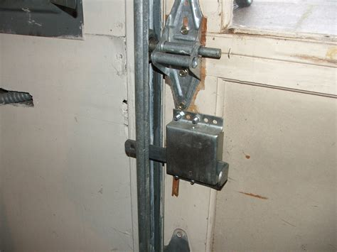 Overhead Door Lock Has Your Garage Door Manual Locking Device Been Properly Disabled Charles Buell Inspections Inc