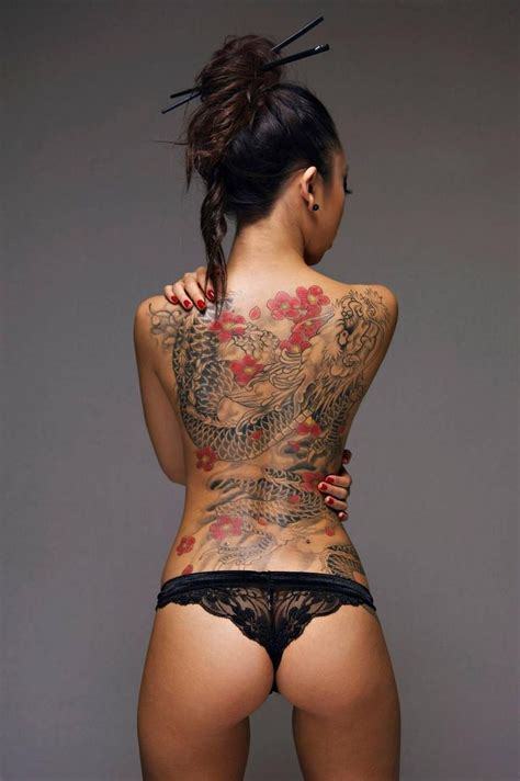 hot tattoo pinterest tattooed girls at their best 18 pics number 10 though