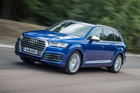 Sq7 Audi by Audi Sq7 2016 Review Pictures Auto Express