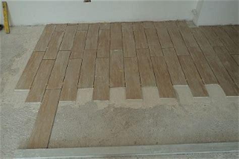 fugare le piastrelle posatori pavimenti pavimenti in ceramica