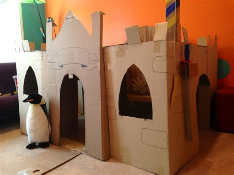 How To Make A Castle Out Of Cardboard And Paper - 16 diy cardboard playhouses guide patterns