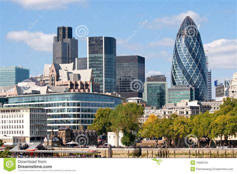 The Office City by Horizonte Moderno De La Ciudad De Londres Foto De Archivo