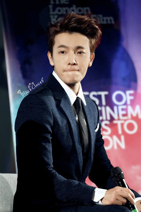 lee donghae this is the only sm idol who almost never wears makeup