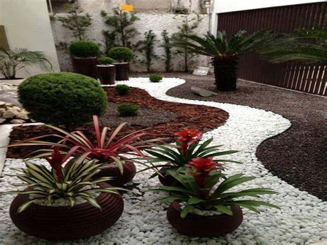 Landscape Design Pictures For Small Yards Pebble Gardens Landscaping Ideas Using Stone Pebbles