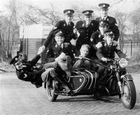 Motorrad Mit Beiwagen Mieten D Sseldorf by 263 Besten Police Motorcycles Bilder Auf Pinterest
