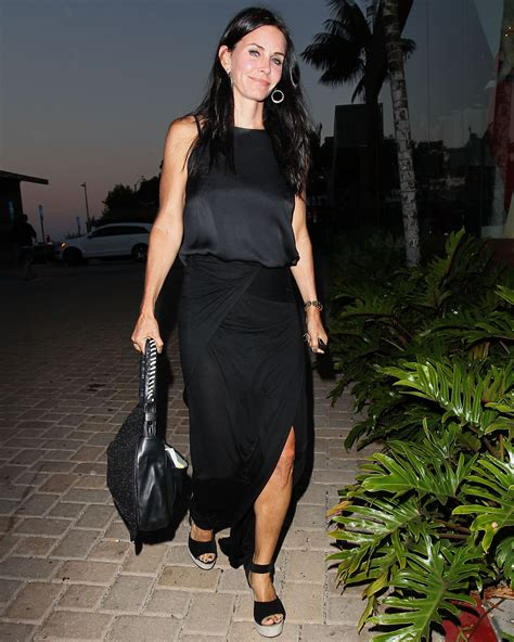 Courteney Cox Stuns With by Courteney Cox S 2 Chainimage
