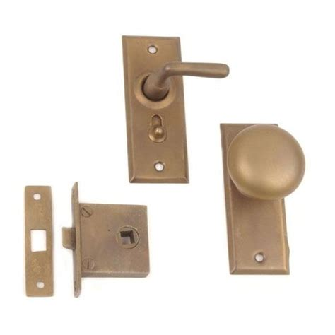 Screen Door Door Knobs by Knob To Lever Screen Door Lock Set