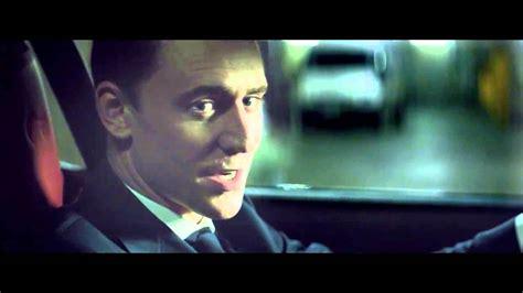 villains jaguar villains tom hiddleston en jaguar f type coup 233
