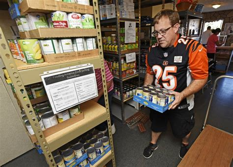 businesses needed to help stock fairfield food pantry