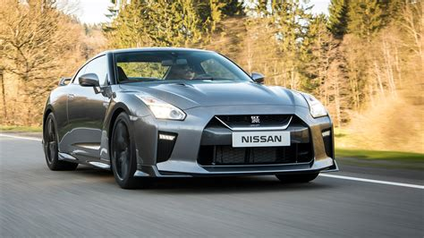 nissan supercar nissan gt r 2016 review by car magazine