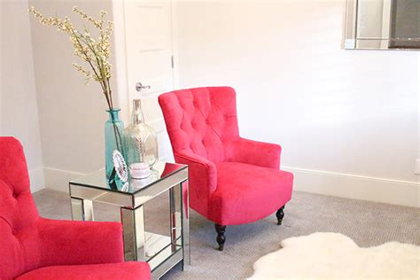Fuschia Accent Chair by A Slice Of Style The Best Deals New Fuchsia Chairs In