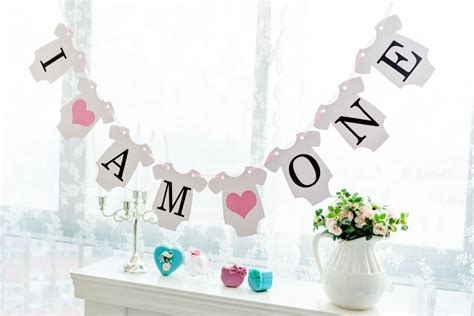 the house decorations for the babies first birthday party new arrival 1 x i am one banners kids baby boy girl 1st