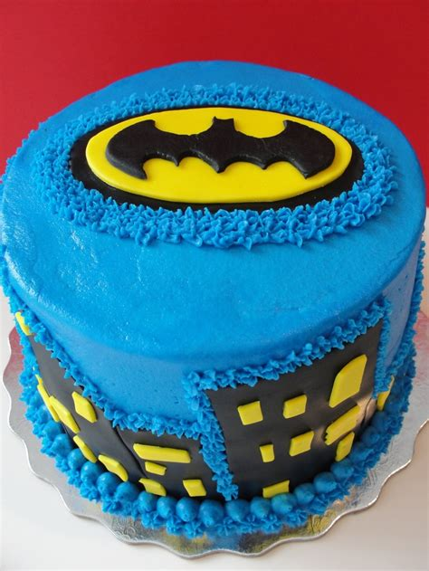 Batman Cake Decorations by 78 Best Images About Cake Decorating On Owl