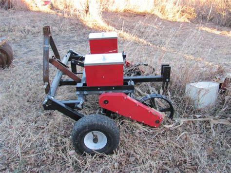 2 Row Planter Use Atv Or 3 Point Nex Tech Classifieds Atv Corn Planter