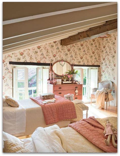 Cozy Cottage Decor by Cozy Cottage Guest Bedroom Cottage Home