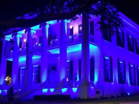 light enforcement lights up blue to support