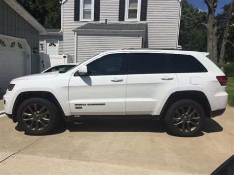 white jeep grand white 2016 jeep grand excellent condition 75th