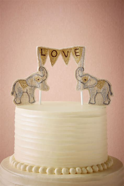 7 Awesome Wedding Cake Toppers by Wedding Cake Toppers 75 Most Unique Wedding Cake