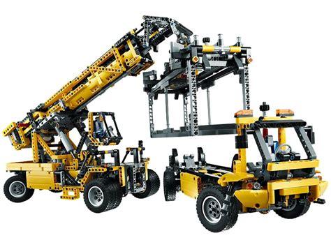 lego technic mobile crane mk ii lego technic mobile crane mk ii 42009 playzone be