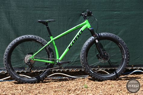 kona teases new carbon hei hei plus sized honzo and wozo fat bike mtbr com