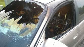 Bolt Of Lightning Hits Car Lightning Strikes Car In Indianapolis Follow These Safety
