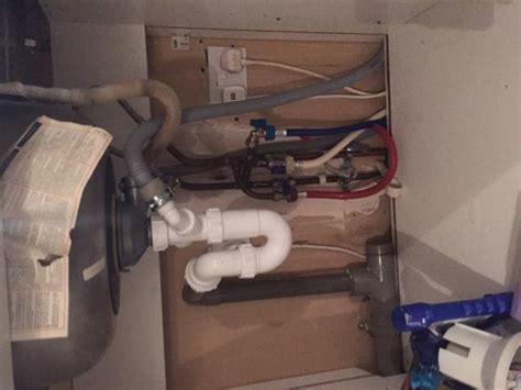 Plumbing Air Lock by Kitchen Sink Draining Problem Air Lock Doityourself