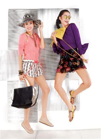 Gelang Trendy Friend Ungu Aksesoris Fashion Pria Wanita Kado Murah pamer kaki