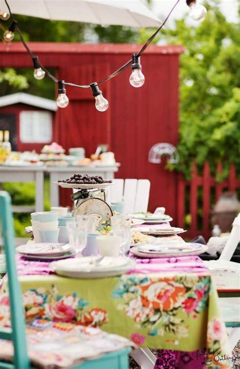 tavole apparecchiate in giardino estivo in giardino idee e consigli per organizzarlo