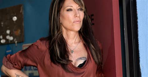 katey sagal on acting and singing in sons of anarchy