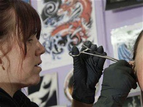 Tattoo Apprenticeship Cost | should a tattoo or body piercing apprenticeship cost you