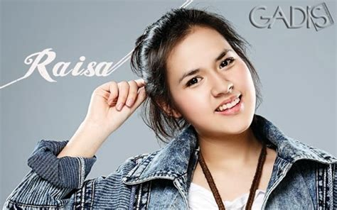artis wanita indonesia  cantik terpaling