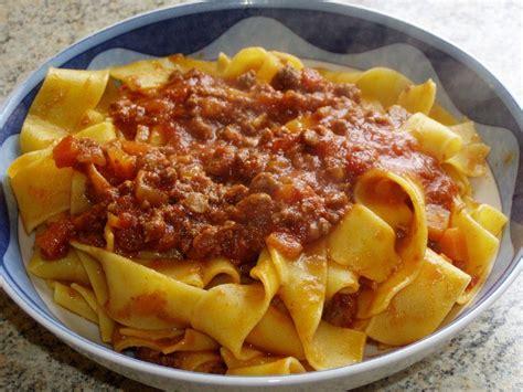 recette cuisine italienne pappardelle au sanglier et 224 la sauce tomate la cuisine
