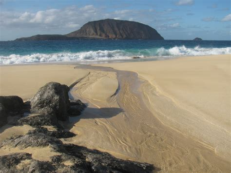 best beaches lanzarote spiritual getaway on lanzarote beaches